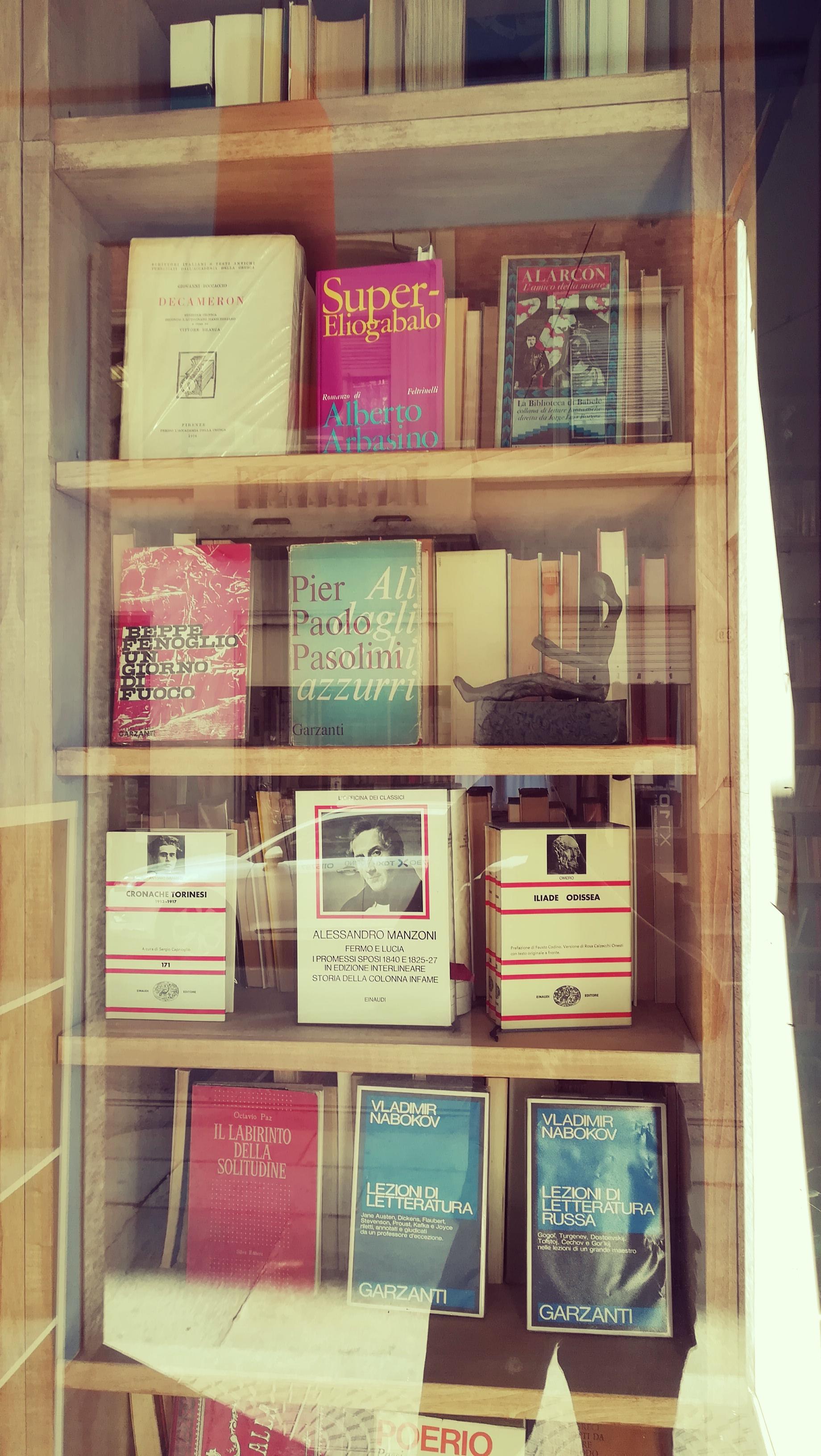 Migliori Libri Interior Design libreria utopia pratica libri usati torino - vetrina